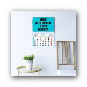 Calendario de faldilla en salón